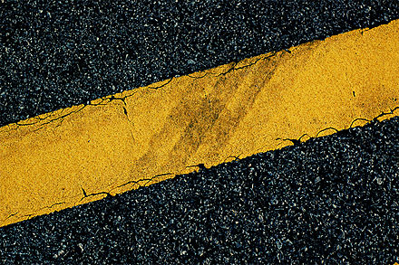yellow road highway markings due to azo dyes pigment yellow 10 has nitrogen nitrogen double bond